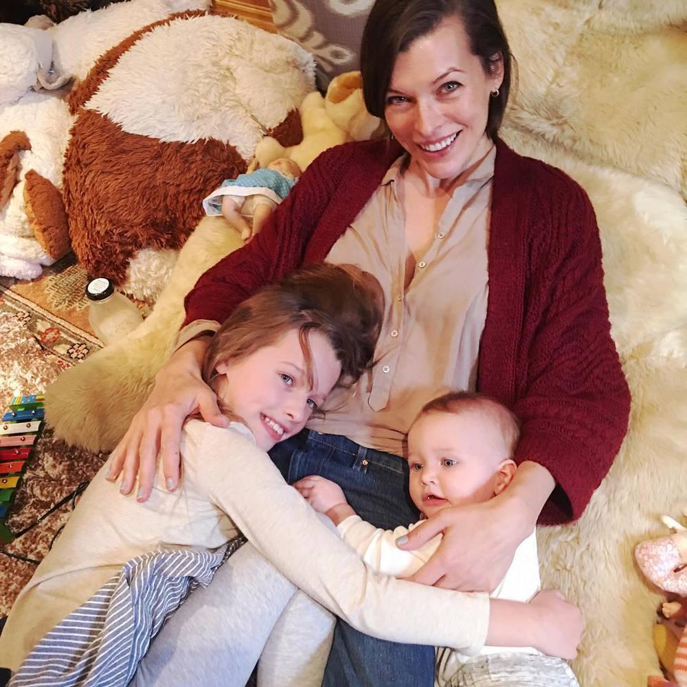 Милла йовович и ее дети фото